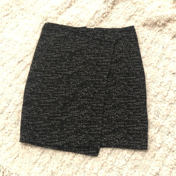 10 for $30 - Dynamite Skirt - Size XS